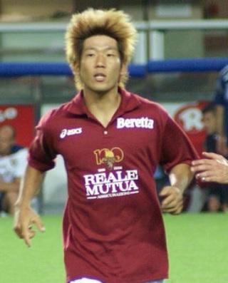 Torino-FC-07-08-Kappa-home-kit-dark-red-white-dark-red.jpg