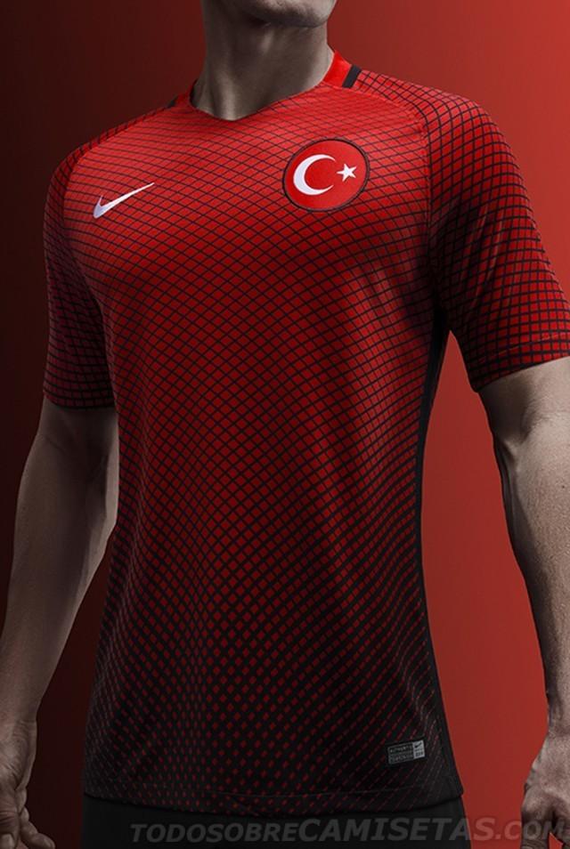 Turkey-2016-NIKE-new-home-kit-5.jpg