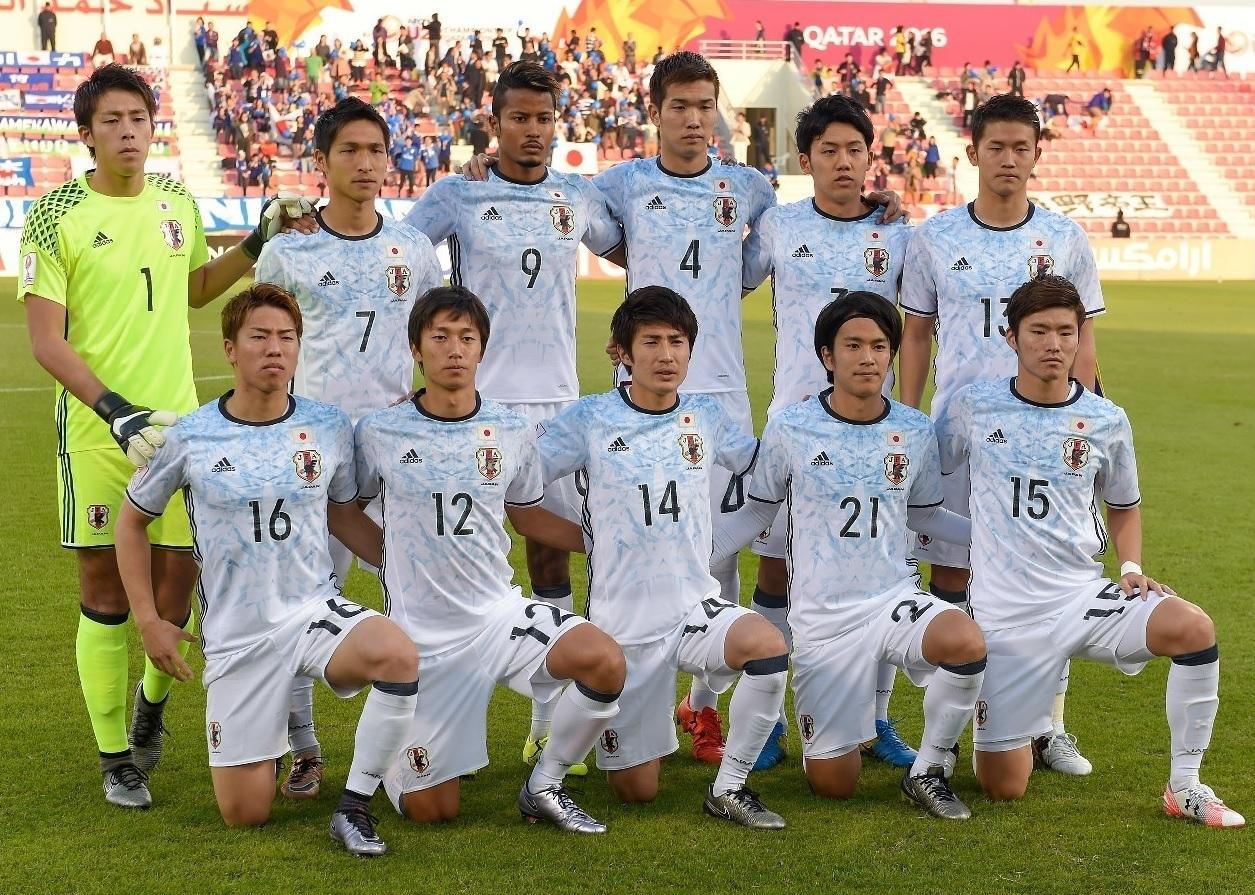 U23-日本代表-2016-adidas-アウェイ-集合.jpg