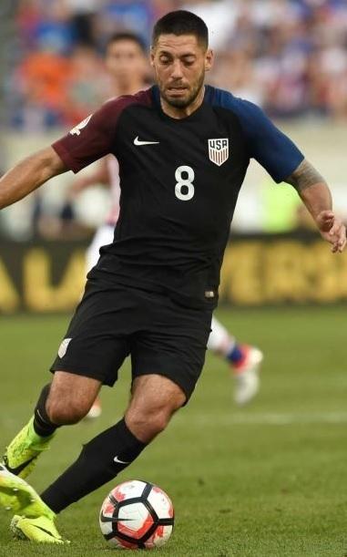 USA-2016-NIKE-copa-america-centenario-away-kit.jpg