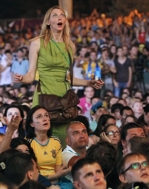 Ukraine-fans-2012-14.jpg