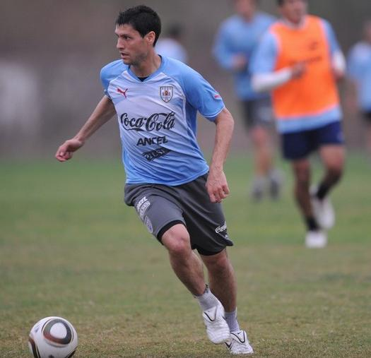 Uruguay-10-PUMA-training-light blue.JPG
