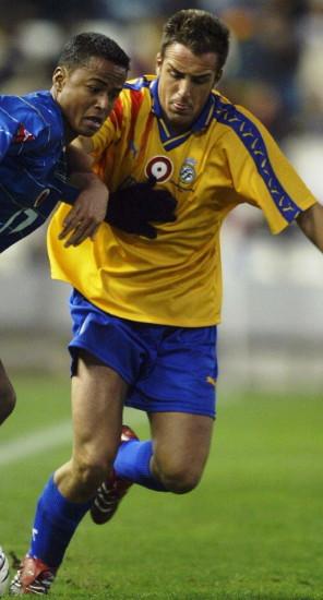 Valencia-05-PUMA-yellow-blue-blue.jpg