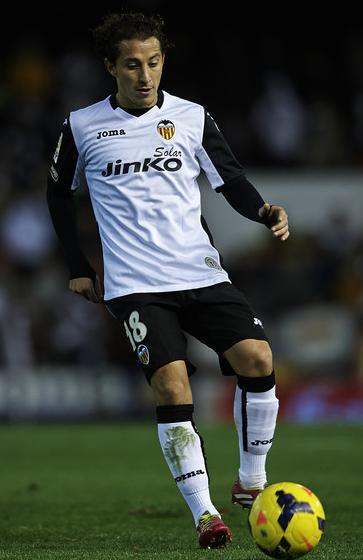 Velencia-13-14-Joma-spcial-home-kit-white-black-white.jpg