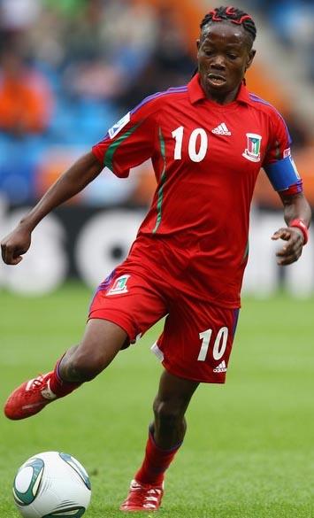 WWC2011-D4-Equatorial Guinea-adidas-home.JPG